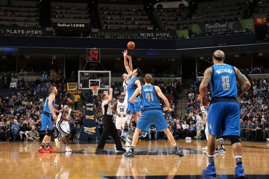MEMPHIS, TN - FEBRUARY 6:  The opening tip off between the Memphis Grizzlies and the Dallas Mavericks on February 6, 2016 at FedExForum in Memphis, Tennessee. NOTE TO USER: User expressly acknowledges and agrees that, by downloading and or using this photograph, User is consenting to the terms and conditions of the Getty Images License Agreement. Mandatory Copyright Notice: Copyright 2016 NBAE (Photo by Joe Murphy/NBAE via Getty Images)
