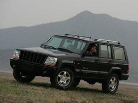 Jeep Cherokee 2500