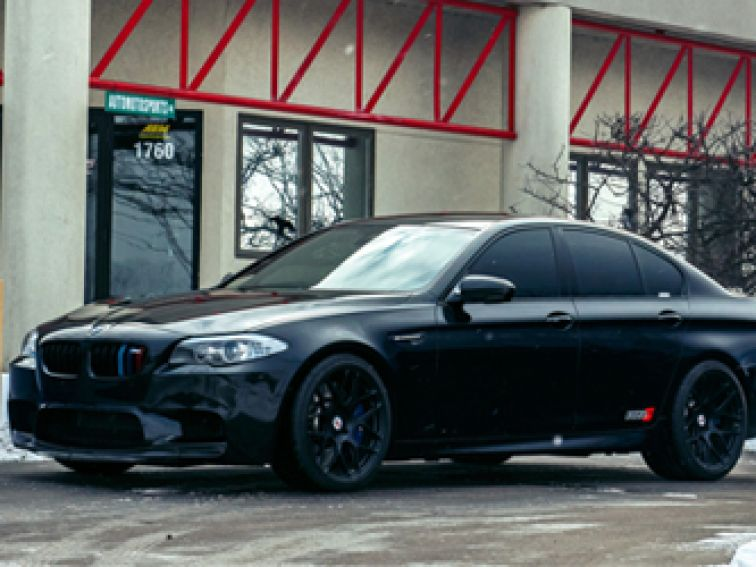 BMW M5 — მაღალტექნოლოგიური ავტომანქანა