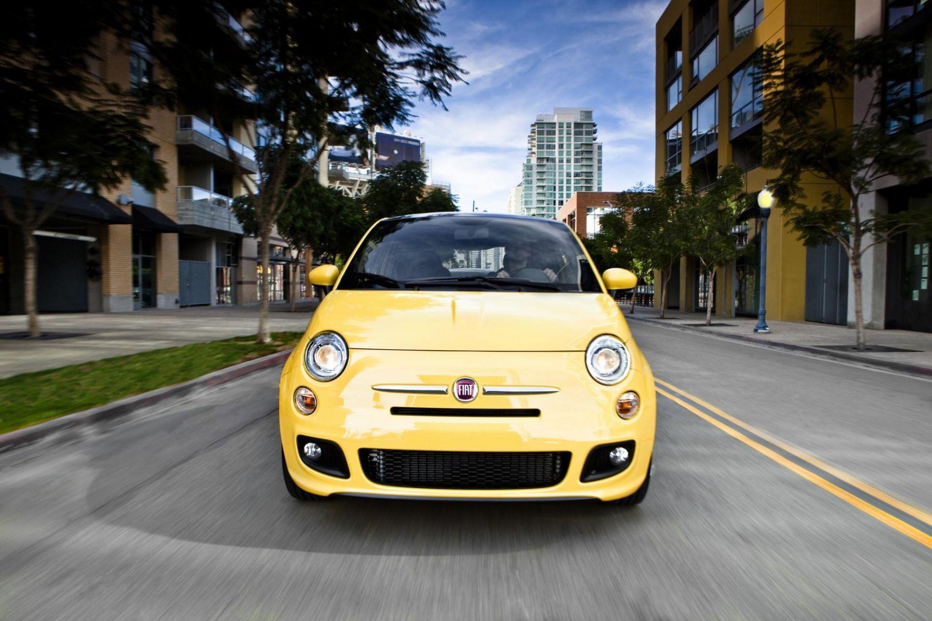 გაინტერესებს, როგორი მანქანაა Fiat 500 (2012-2015) ?