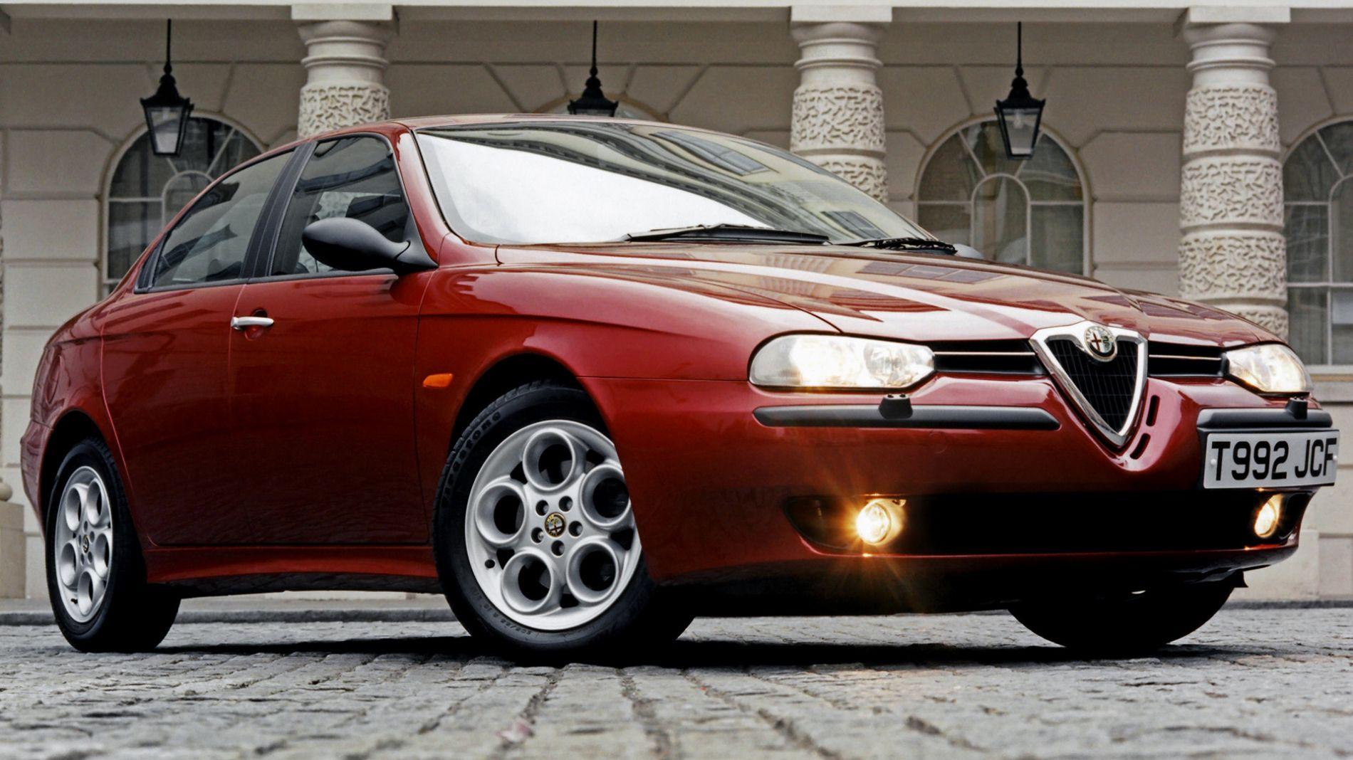 გაინტერესებს, როგორი მანქანაა Alfa Romeo 156 ?