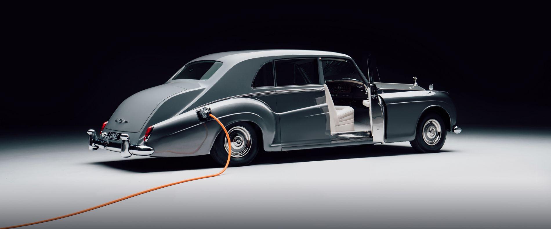 ელექტრო - Rolls-Royce Phantom V