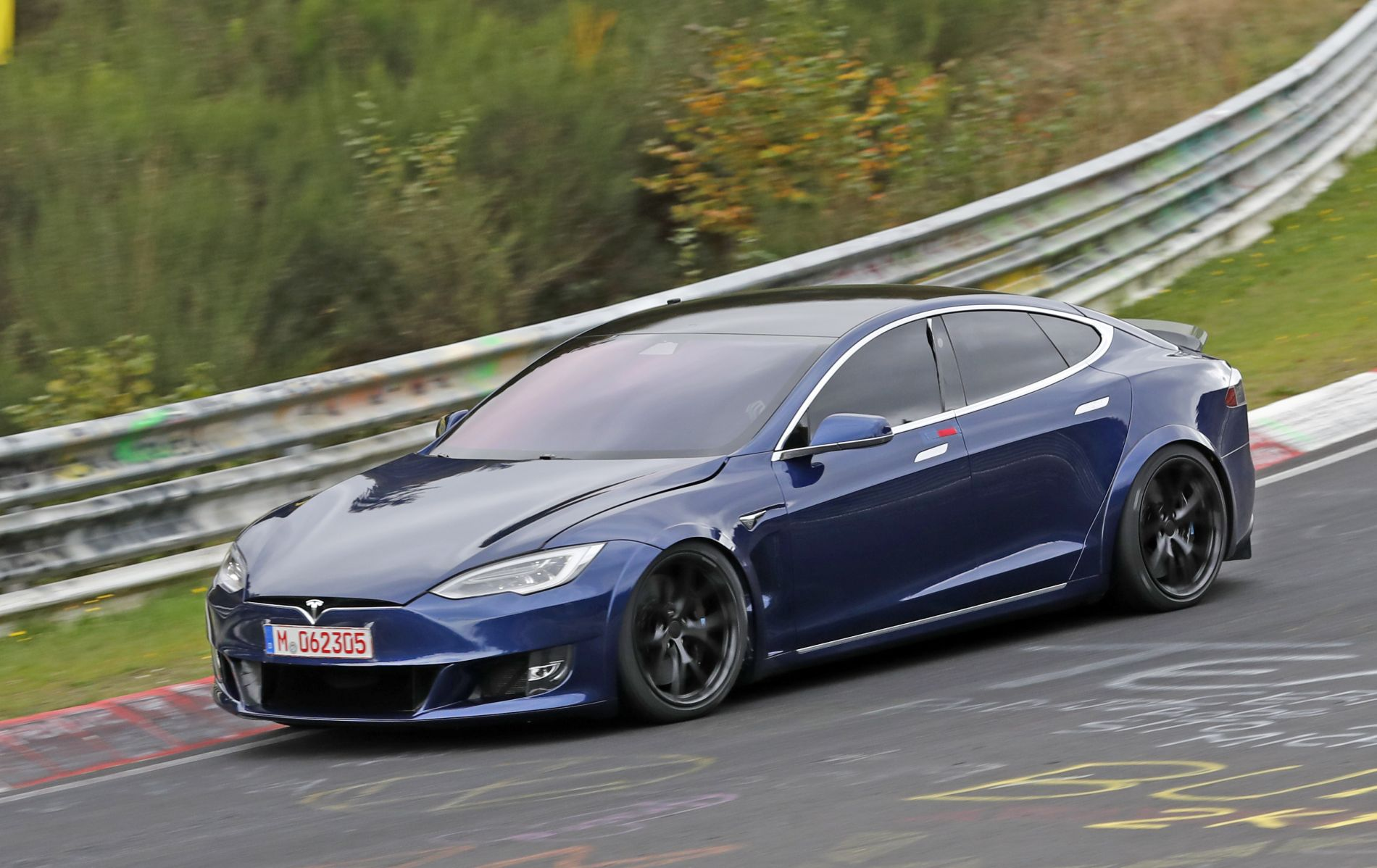 ილონ მასკმა ყველაზე სწრაფი Model S Plaid დაანონსა