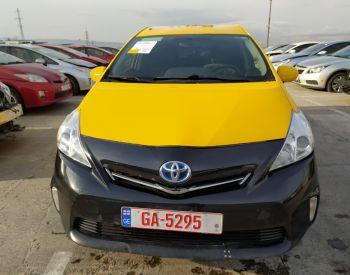 Продается TOYOTA Prius V