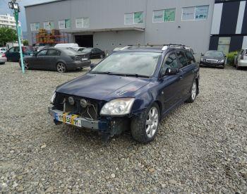 იყიდება TOYOTA Avensis