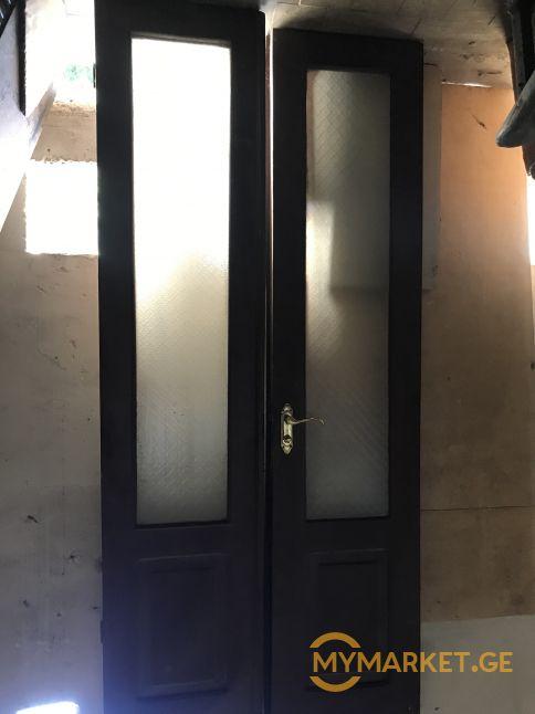 კარები ხის შუშის ორფრთიანი , სიმაღლე  2,20X0.50