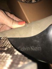 Calvin Klein-ის ზამშის ტუფლი