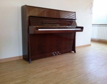 პიანინოების ფართო არჩევანი  30 ცალი პიანინო გვაქვს ერთ მისამ